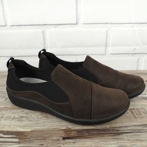 Clarks Sillian Paz brown vegan leather shoes 8
